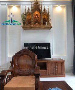 Bàn Thờ Công Giáo Trong Phòng Khách NK04