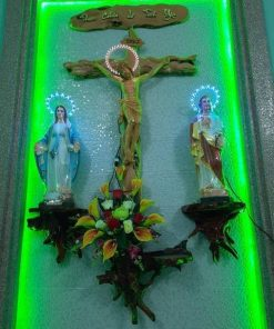 Bàn Thờ Gốc Cây Công Giáo HA87