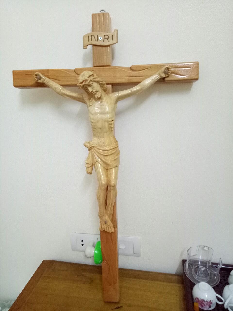 Tượng Chúa Chuộc Tội Bằng Gỗ Pơ Mu Tuyệt đẹp CN96