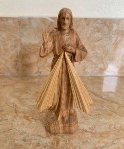 Tượng Lòng Chúa Thương Xót Gỗ Pơ Mu Cao 15cm TC99