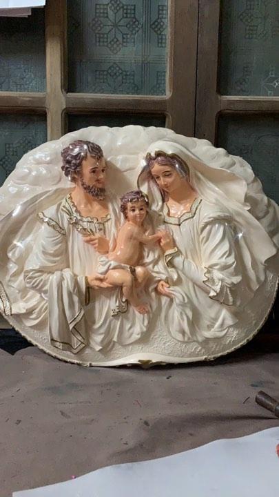Tượng Gia đình thánh gia